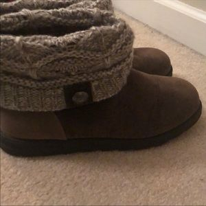 Like New Muk Luks Brown Boots with Sweater Detail